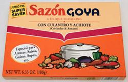 Sazón Goya con culantro y achiote