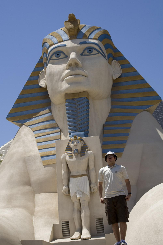 Esfinge en el hotel Luxor en Las Vegas