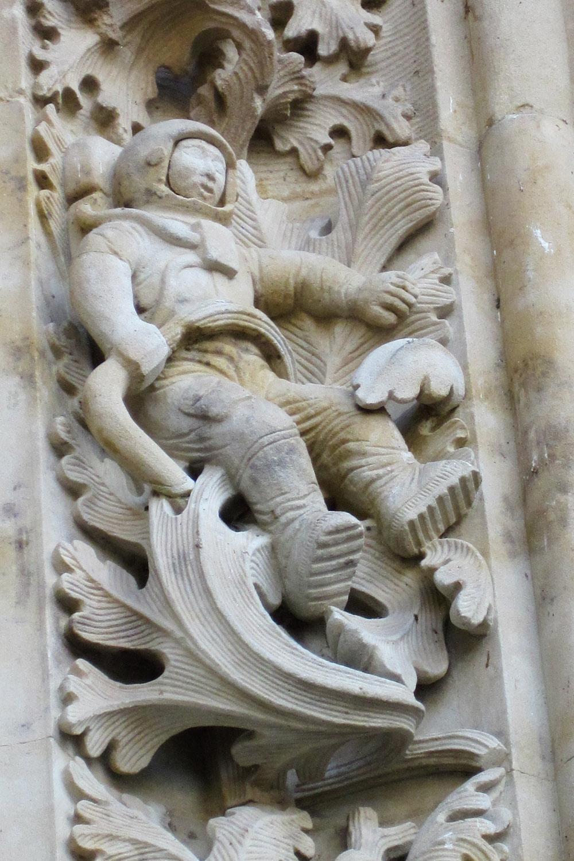 Astronauta en la fachada de la Catedral Nueva de Salamanca