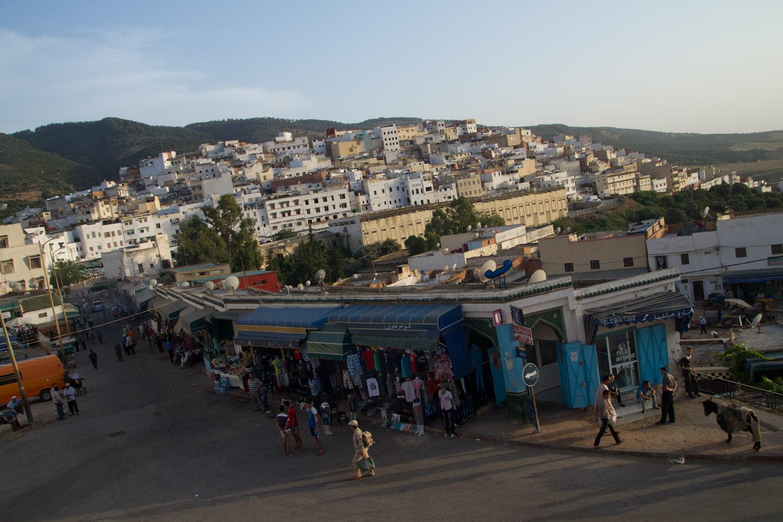 La vida en Moulay Idriss al caer la tarde