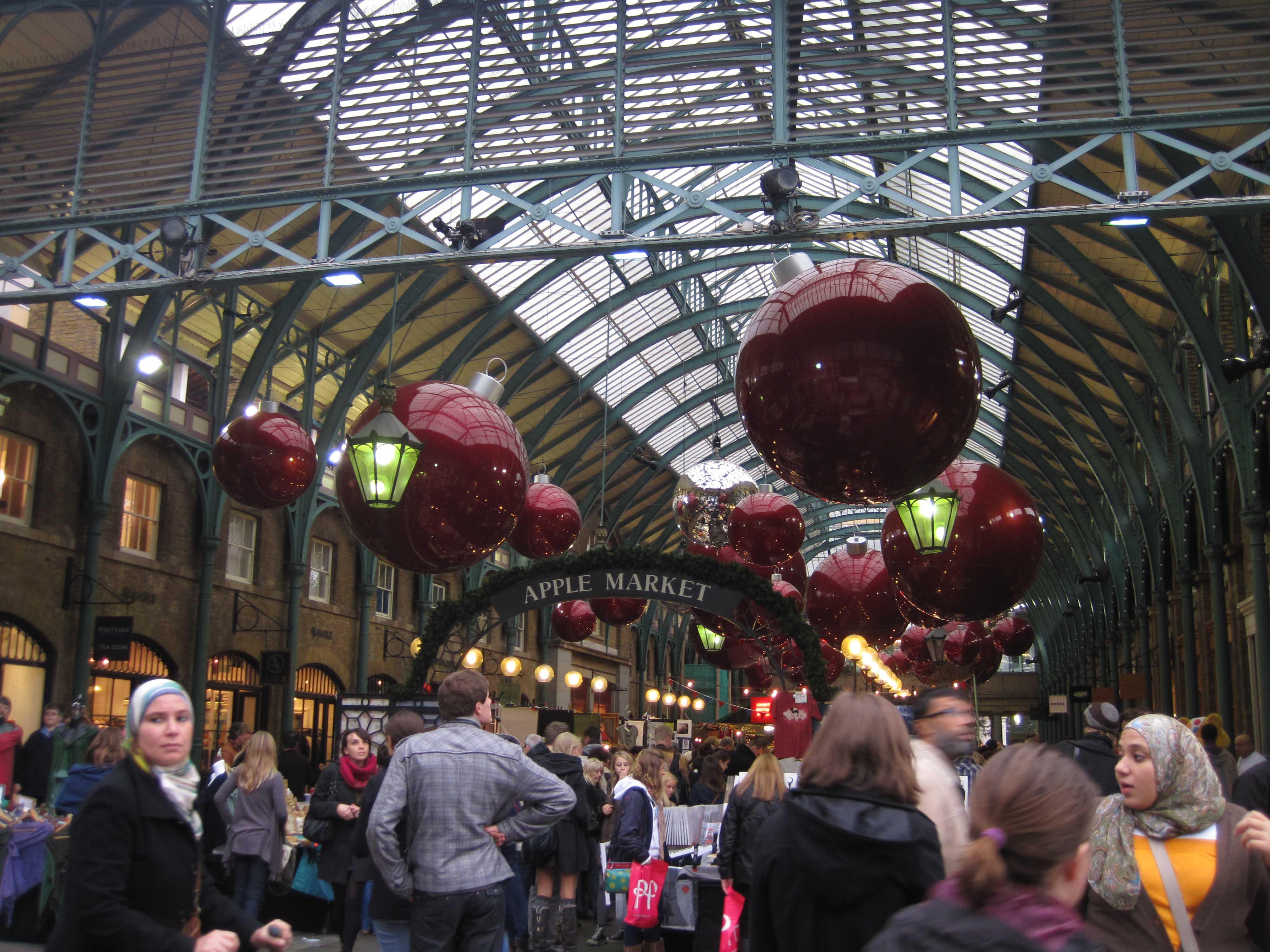 El Apple Market de Londres vestido de navidad