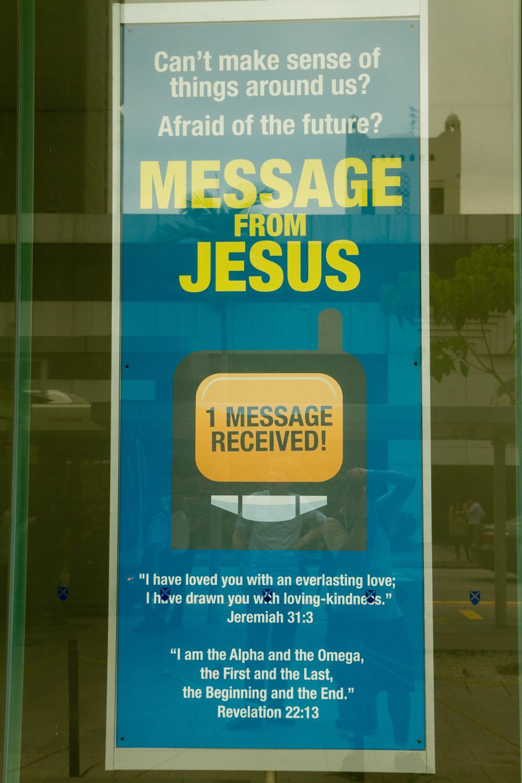 """Cartel cristiano en Singapur: """"Mensaje de Jesús"""""""