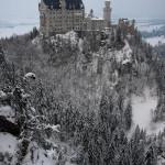 Nieve rodeando el castillo de Neuschwanstein, Alemania