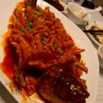 Pescado estilo Song Shu Yu, en un restaurante en Pekín, China