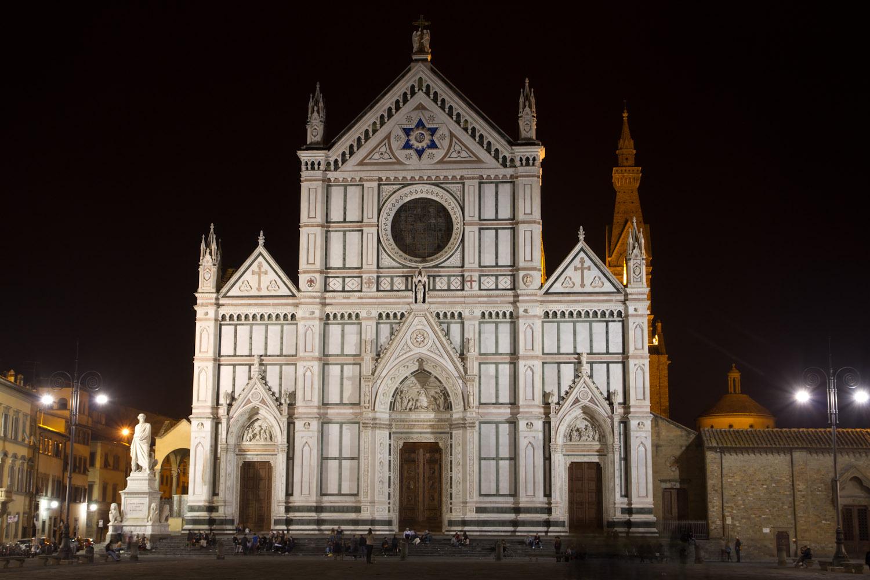 Fachada de la Basílica de la Santa Cruz