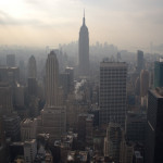 Manhattan y el Empire State Building, vistos desde el mirador de Top of the Rock, Nueva York, EE.UU.