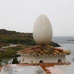 Huevo en una torre de la Casa-Museo Dalí en Portlligat, Cadaqués, España