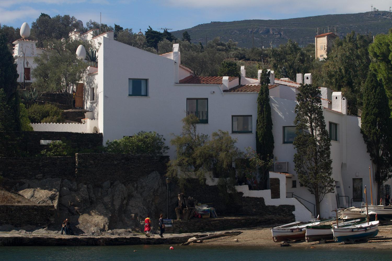 Fachada de la Casa-Museo Dalí en Portlligat, Cadaqués