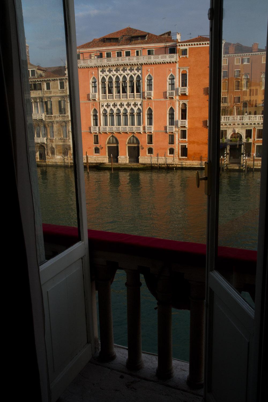 Balcón de la Junior Suite del Hotel NH Manin en Venecia