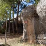 Lucha entre elefante y cocodrilo, Ciudad Encantada, Cuenca, España