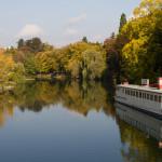 El río Doubs a su paso por Besanzón, Francia