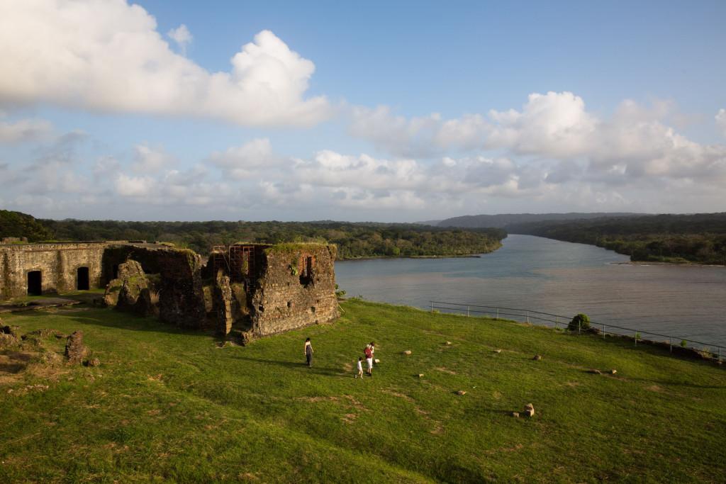 El Fuerte de San Lorenzo y la desembocadura del río Chagres