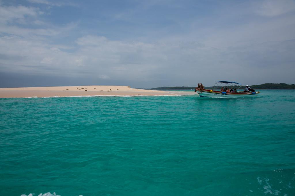 Disfrutando de las aguas del archipiélago de las Perlas