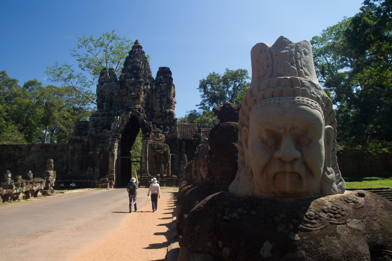 La puerta sur de la muralla de Angkor Thom