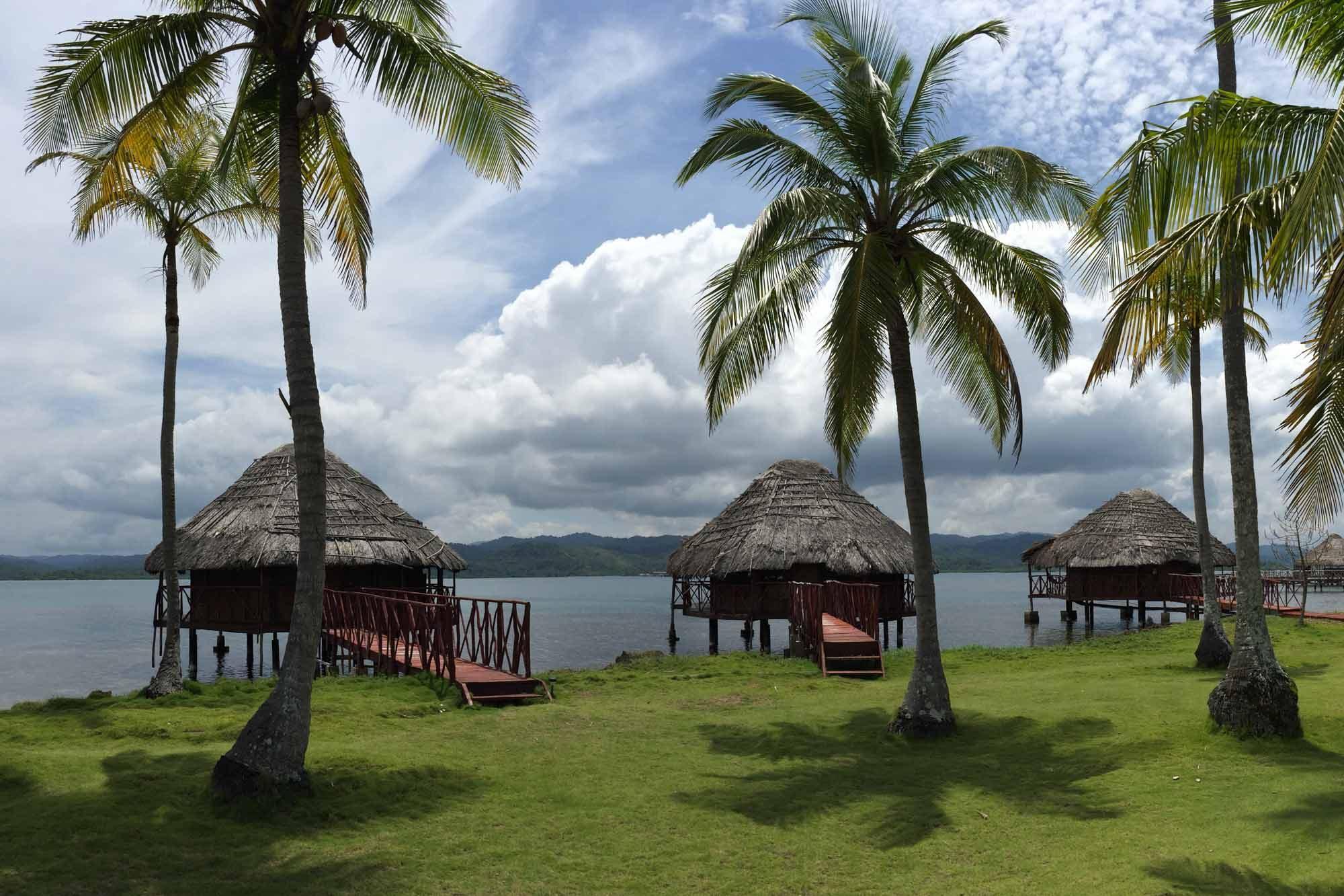 Las cabañas sobre el mar en Yandup, archipiélago de Guna Yala o San Blas, Panamá