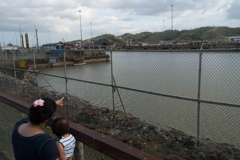 Esclusas de Pedro Miguel, Canal de Panamá