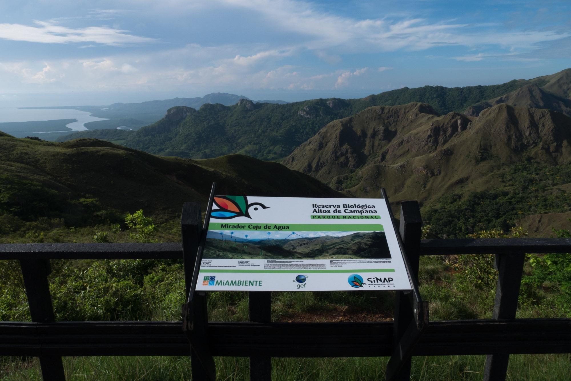 Mirador Caja de Agua en el parque nacional Altos de Campana, Panamá